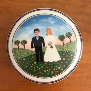 Villeroy & Boch porcelain bride & groom lidded box